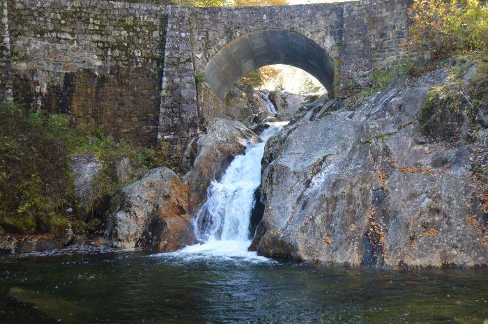 Lower Sunburst Falls - October 2015